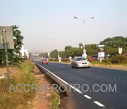 Section-of-Labone-trotro-route-with-new-asphalt-markings